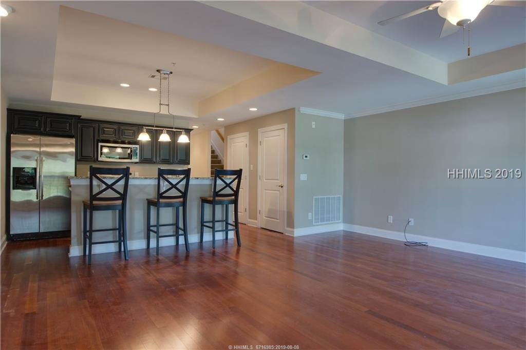 14-Promenade-Bluffton-Off-Plantation-Bluffton-387389-4.jpeg
