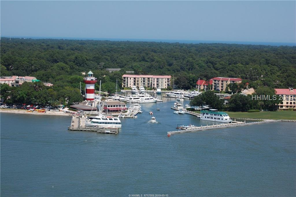23-Harbour-Town-Yacht-Basin-Sea-Pines-Hilton-Head-Island-383262-1.jpeg