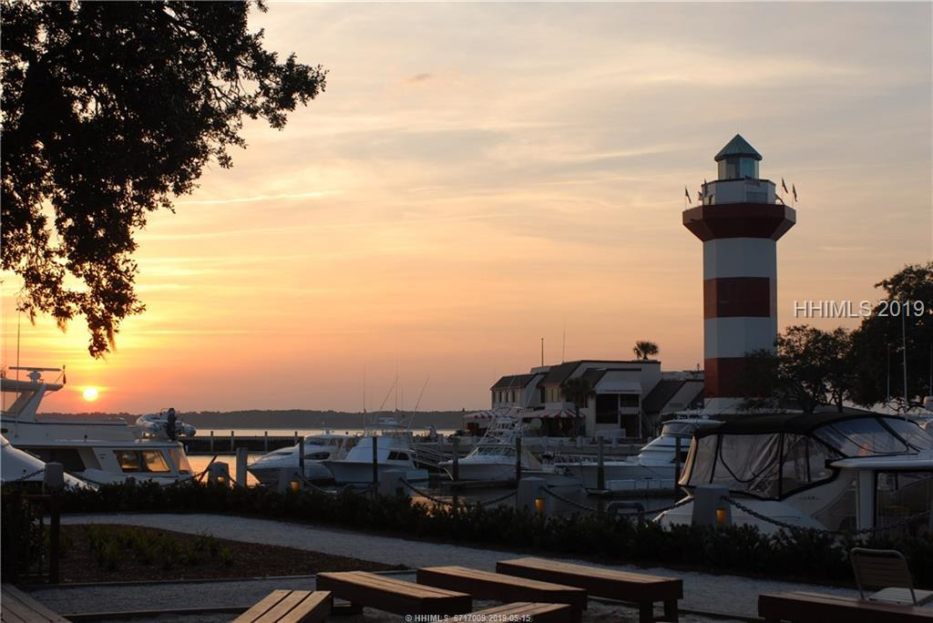 23-Harbour-Town-Yacht-Basin-Sea-Pines-Hilton-Head-Island-383262-5.jpeg